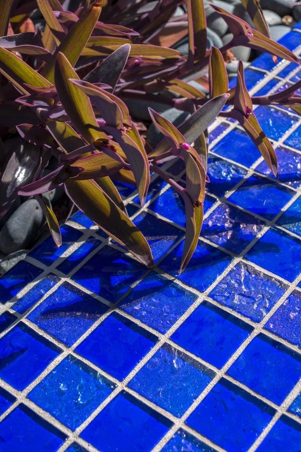 Cool Blue Tile Glaze